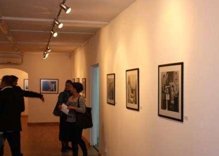http://www.botasot.info/img/galeria-e-arteve.jpg