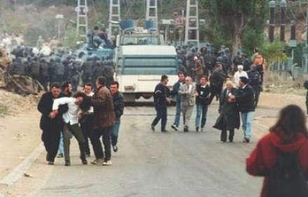 http://www.botasot.info/img/protesta97.jpg