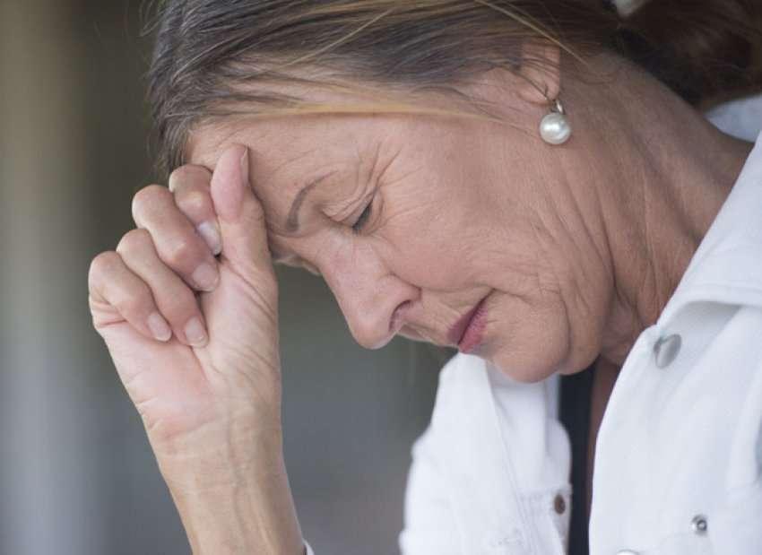 Si ndikon menopauza në shëndetin e grave? - Bota Sot