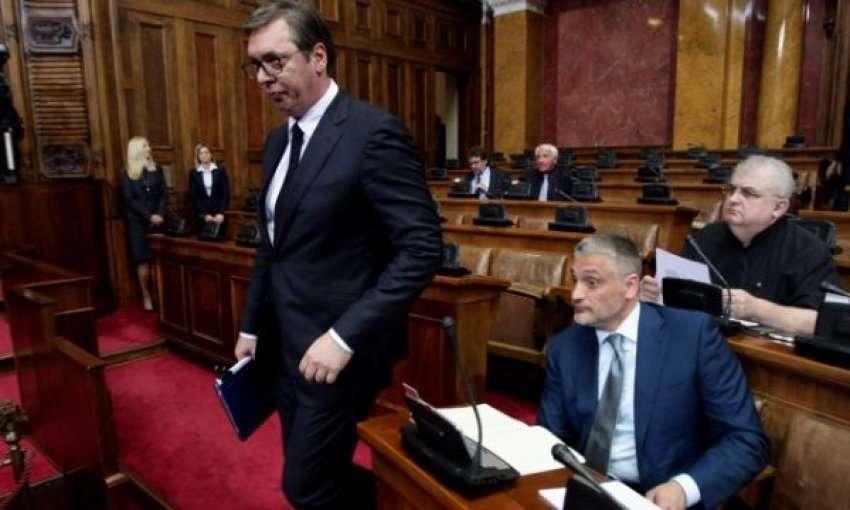 Flet Jovanoviq pas urdhër-arrestit, tregon nëse po ikë