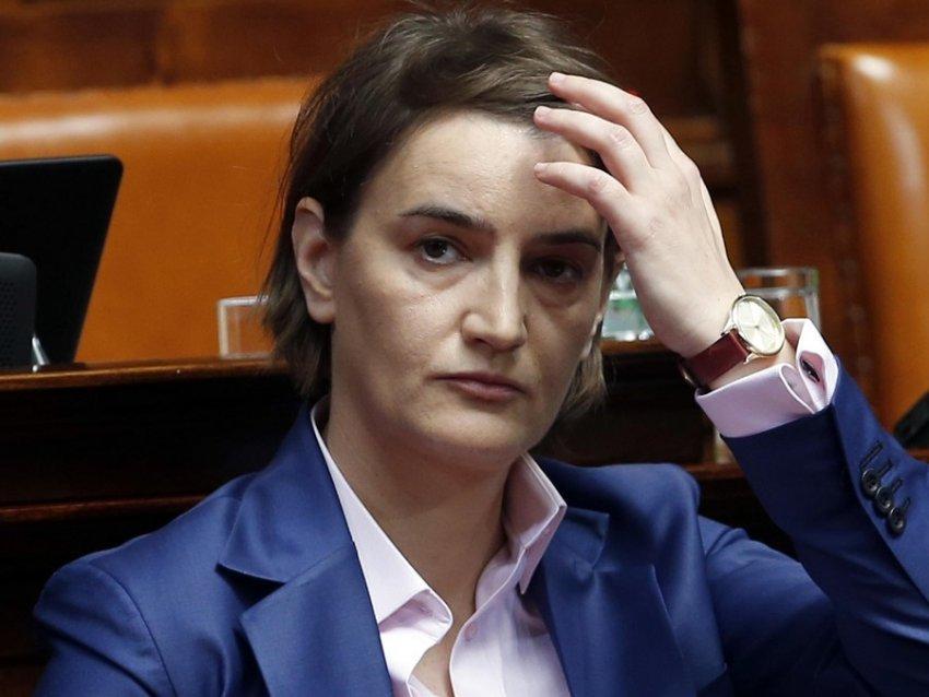 """""""Befason"""" Brnabiç: Ne lejuam shpalljen e Pavarësisë së Kosovës, ja çfarë thotë për Vuçiqin dhe Jeremiçin"""