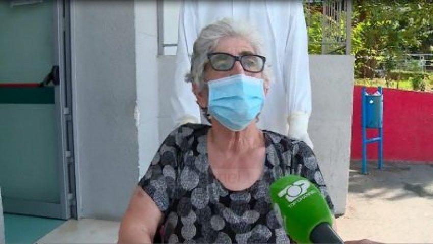 """Mos përjetoni frikë dhe ankth""""/ 74 vjeçarja e shëruar nga Covid-19: Sëmundja është shumë e rëndë - Bota Sot"""