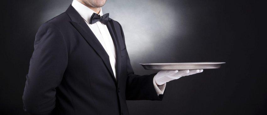 Letra e kamarierit drejtuar Qeverisë: Para se me më mbyll n'kafaz, a më pyete a kam bukë për fëmijë...