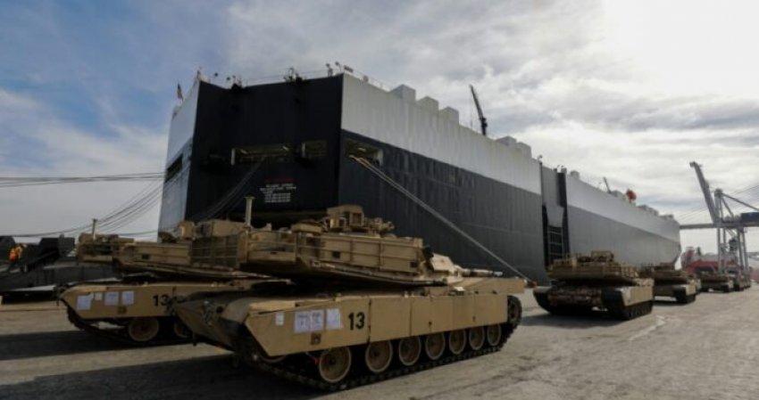 Tanket amerikane zbarkojnë në Durrës bashkë me 8 mijë trupa