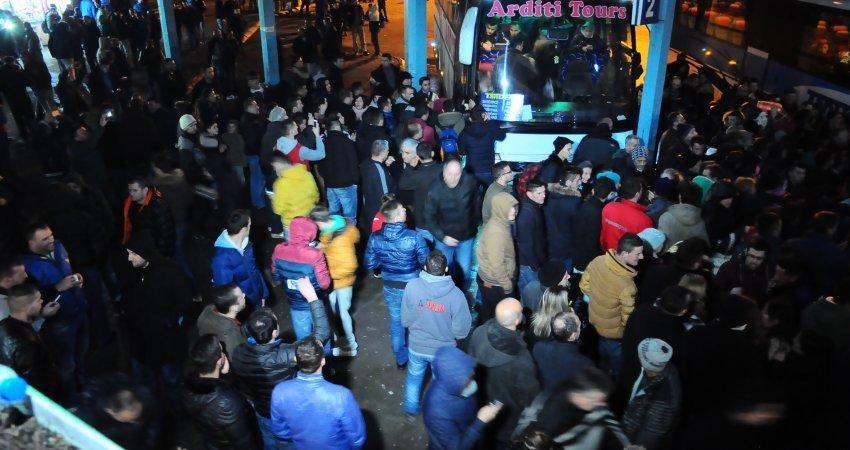 Rreth 250 mijë qytetarë u larguan nga Kosova gjatë 9 vjetëve të fundit