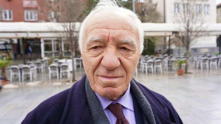 a-duhet-te-rishikohet-politika-dhe-e-ardhmja-e-shqiptareve