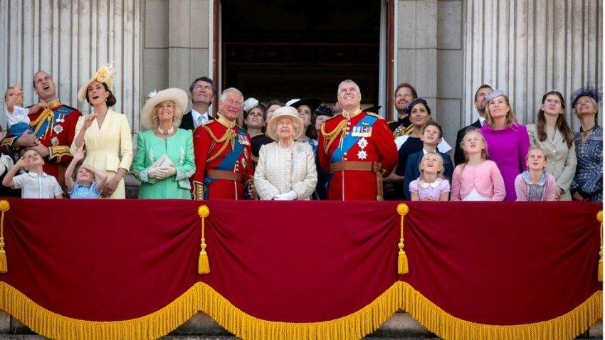 Këto janë 5 sekretet e familjes mbretërore britanike