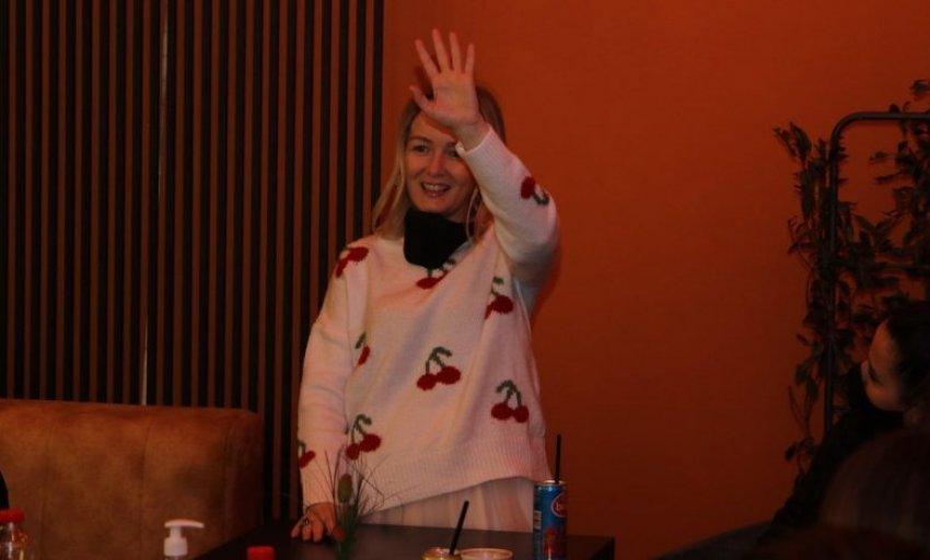Adriana Matoshi zyrtarisht bëhet deputete