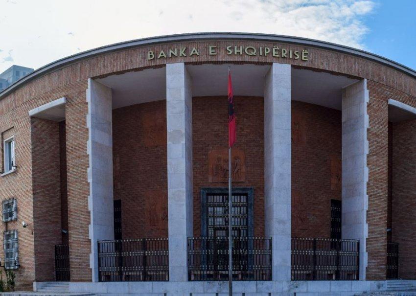 banka-e-shqiperise-vendos-tavan-per-interesat-e-huase-konsumatore