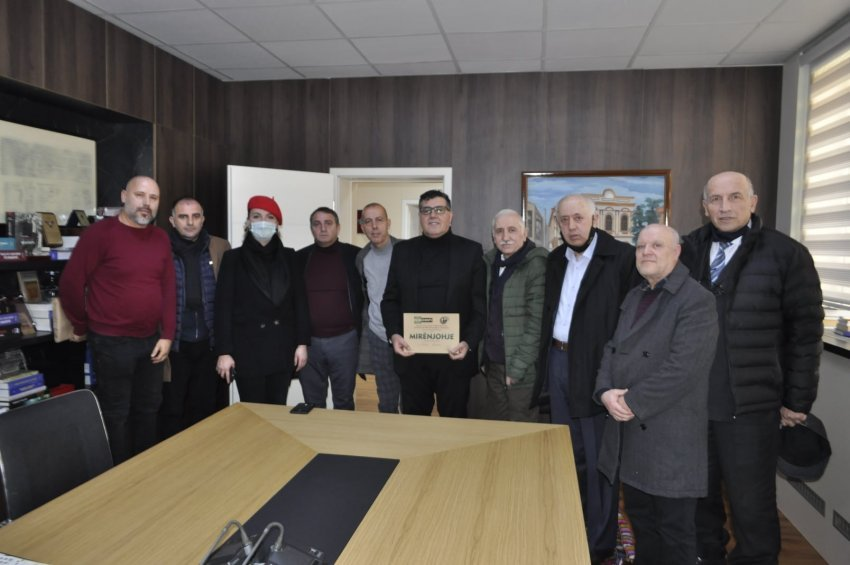horizonti-abc-ja-e-enigmatikes-shqiptare