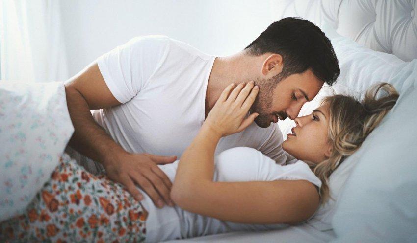 po-bej-seks-fshehurazi-me-nje-djale-qe-punon-per-te-dashurin-tim-28-vjecarja-kerkon-ndihme-se-si-te-dale-nga-kjo-situate-pasi-partneri-i-saj