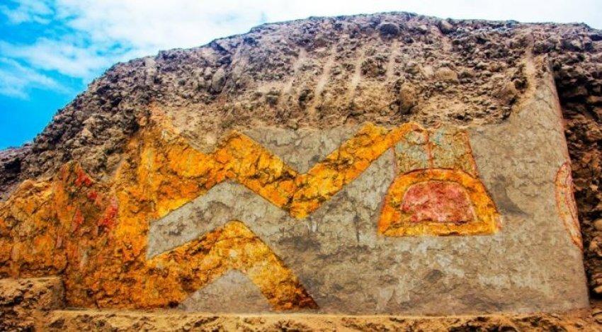 Arkeologët identifikojnë muralin ku paraqitet një perëndi në formën e merimangës