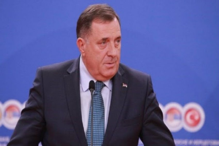 """Dodik: Republika Serbe ka bërë tashmë """"non-paper""""-in e vet"""