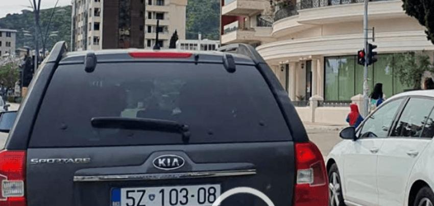 Me veturë zyrtare në Budva