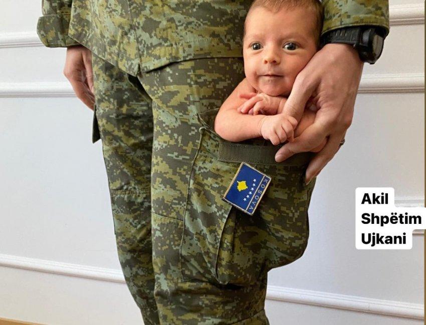 Fotografi në xhepin e uniformës së babait, familjarët thonë se u inspiruan nga një ushtar amerikan