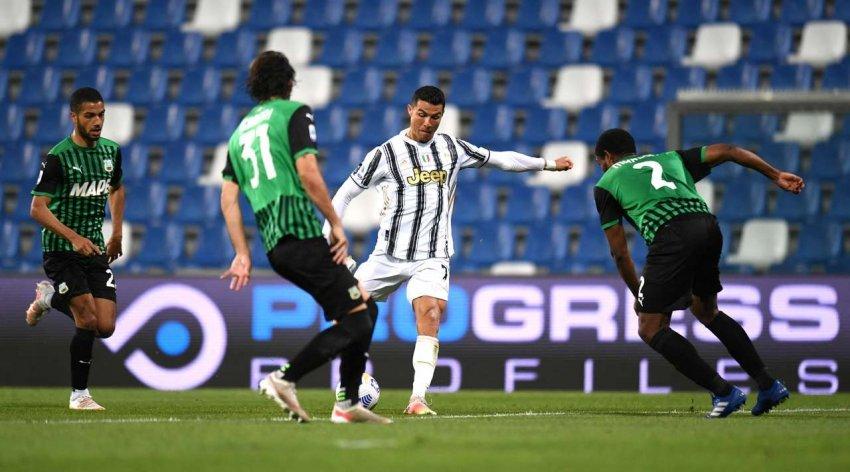 Juventusi importon tre pikë të mëdha, ruan hapin për Champions