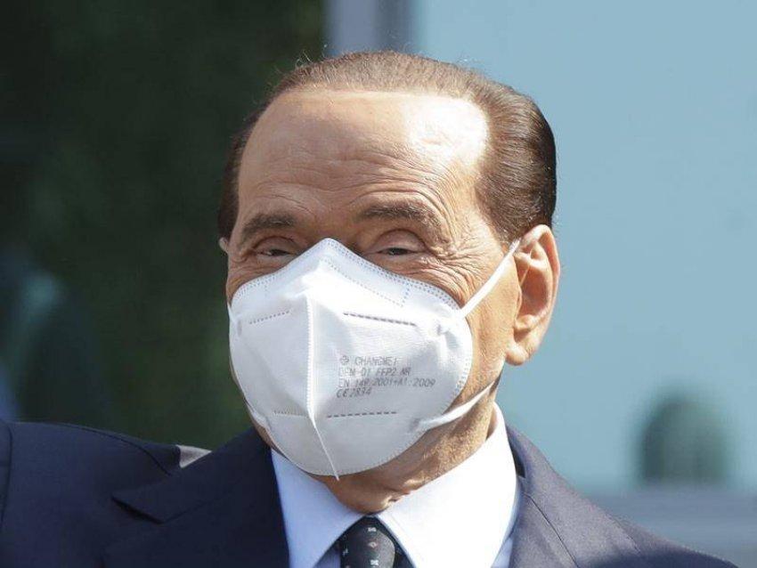 Berlusconi përsëri në spital me probleme shëndetësore të lidhura me COVID-19