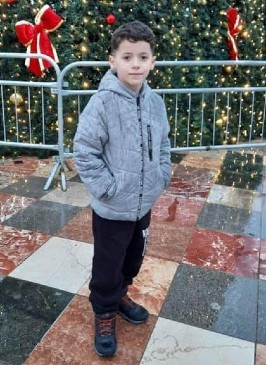 """""""Engjëlli i babit"""", sot i jepet lamtumira e fundit 8-vjeçarit që vdiq në aksident në Gjakovë"""