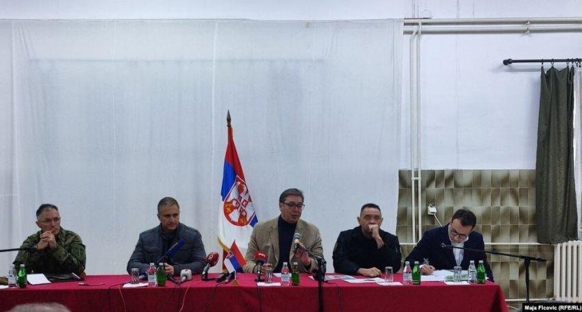 Vuçiq takohet në Rashkë me përfaqësuesit e serbëve të Kosovës, kjo është porosia që ua dha atyre