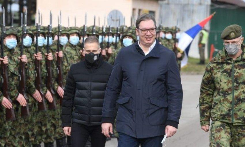 """""""Të nisemi drejt për në Kosovë/ """"Hajde Vuçko, po të presim, veç a ki b..."""""""
