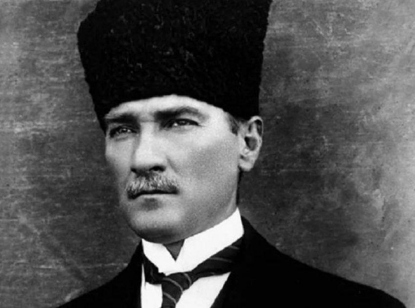 Pse çmohet shumë Kemal Ataturku?