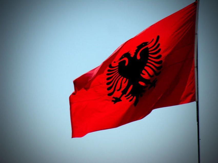 Le Petit Troyen (1913) / Shpërngulja e shqiptarëve nga grekët dhe serbët – Memorandumi i Komitetit kombëtar shqiptar