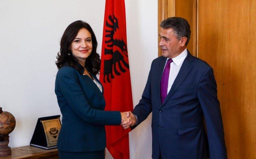 Durmishi merr detyrën e ambasadorit të Kosovës në Shqipëri