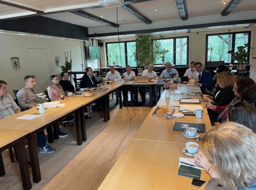 Në Munich të Bavarisë vazhdojnë aktivitetet për mësimin plotësues të gjuhës shqipe