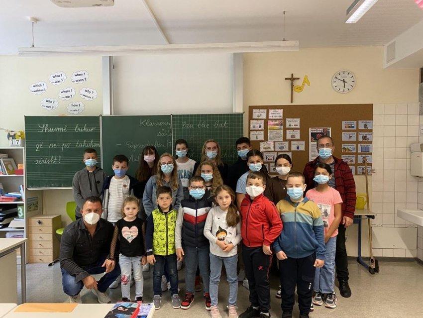 Vazhdon zgjerimi i Shkollës shqipe në Bavari