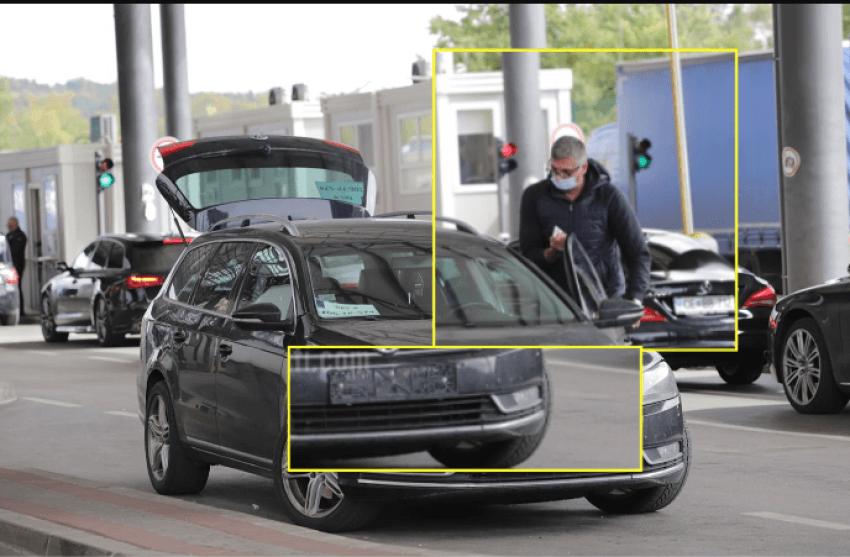 Ish-ministri nga komuniteti serb ndërron targat e veturës në pikë-kalimin kufitar në Merdar
