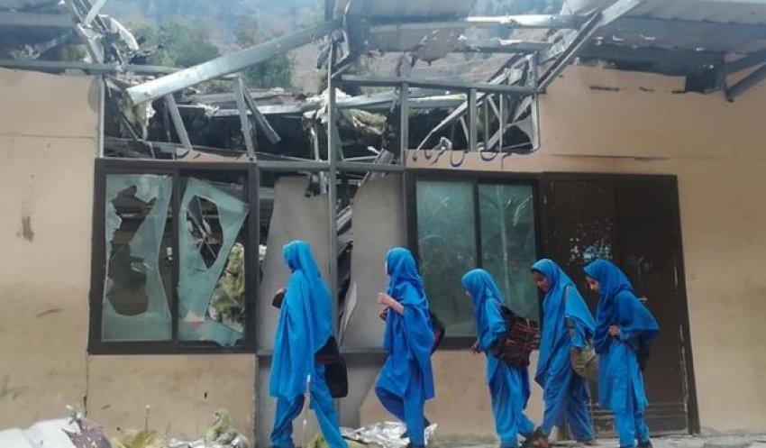 sulm-me-bombe-ne-nje-shkolle-vajzash-ne-pakistan