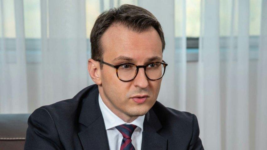 Petkoviq: SHBA ta përdorin ndikimin e tyre për t'ia shpjeguar këtë Kurtit