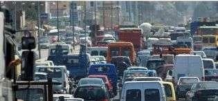 Drejtuesit e furgonëve hyjnë në ditën e 12 të të protestës