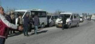 Protesta e furgonave në Vlorës  përplasje mes drejtuesve