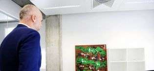 rama-inauguron-projektin-e-berishes-me-pikturat-e-veta